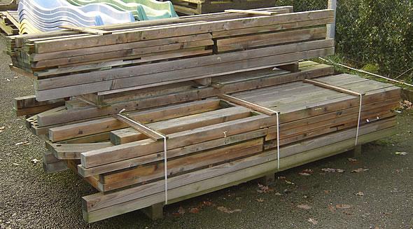 Aanbieding opruiming houten speeltoestel - Ruimte model kamer houten ...